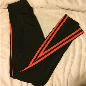 Pop Fit Red Stripe Legginngs